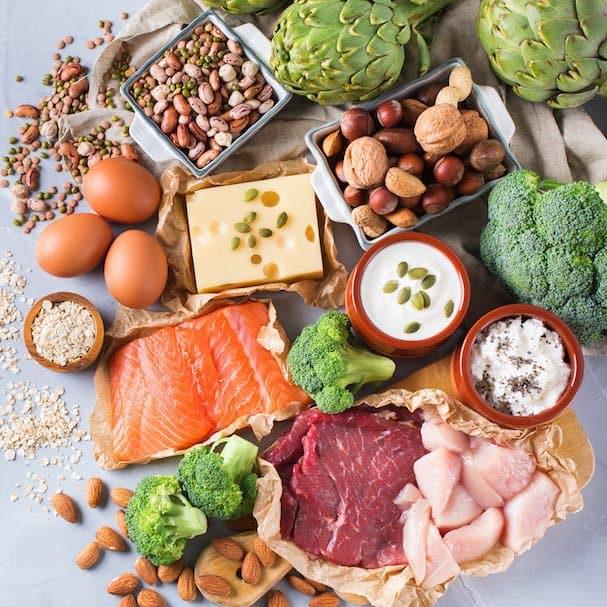fleisch gemüse brokkoli käse walnüsse artischocken mandeln gesund healty food essen