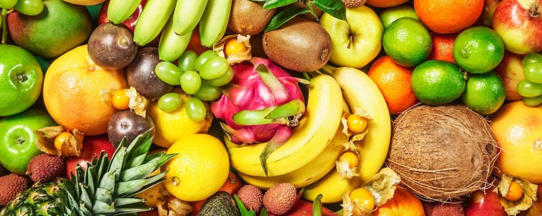 Obst Bananen ananas apfel trauben lithcy mischung apfelsinen orangen